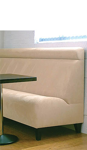 Kelly Bench Seating With Headroll