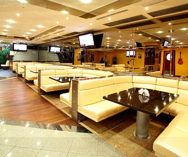 Common Mistakes People Make When Buying Restaurant Furniture Cover
