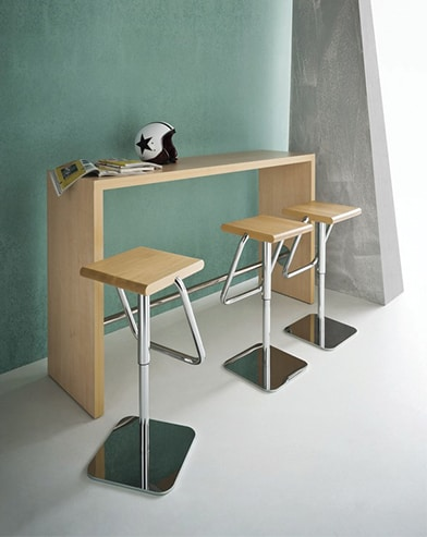 Bright Poseur Table
